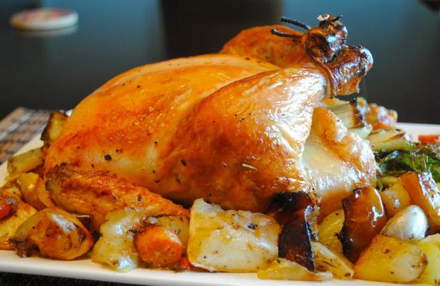 курица в духовке целиком рецепт с фото картошкой
