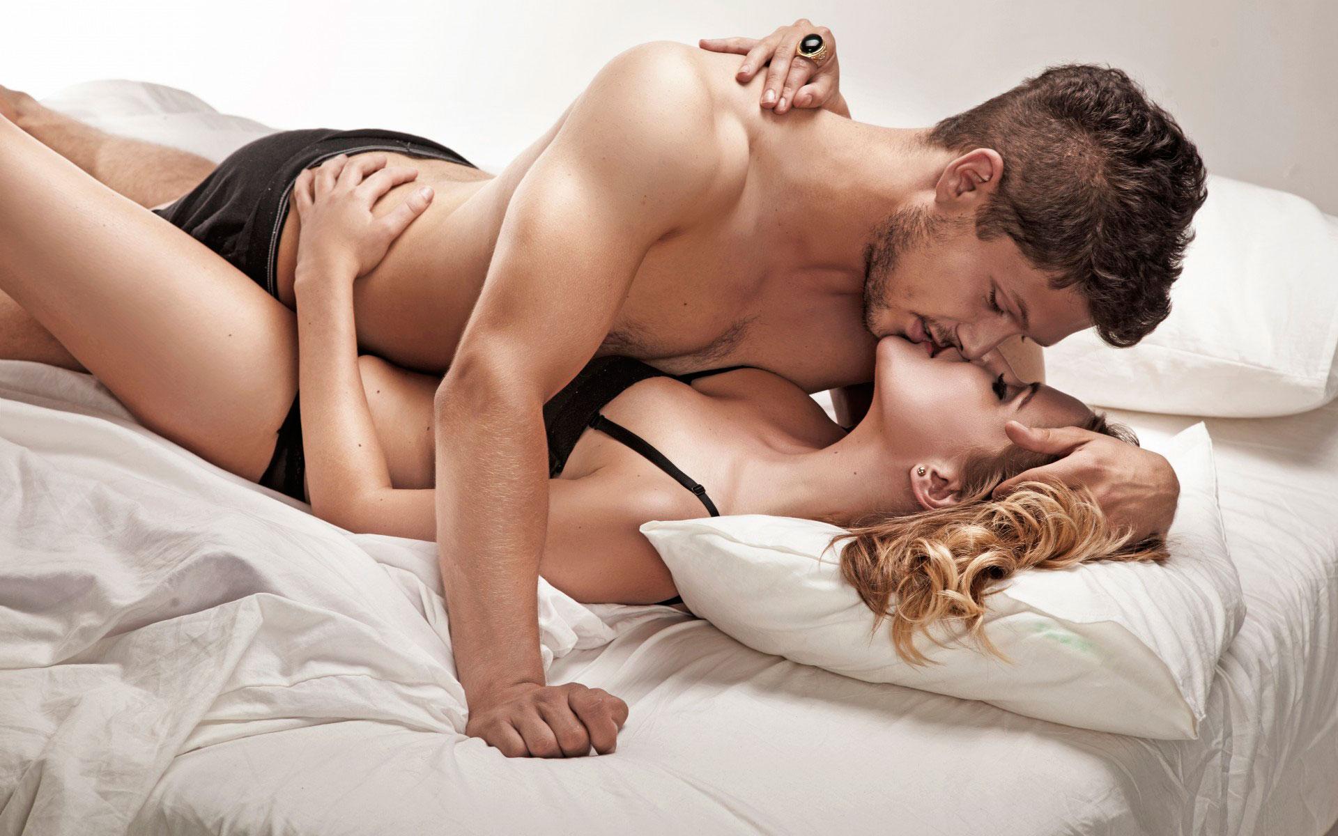 смотреть онлайн секс девушка на парне