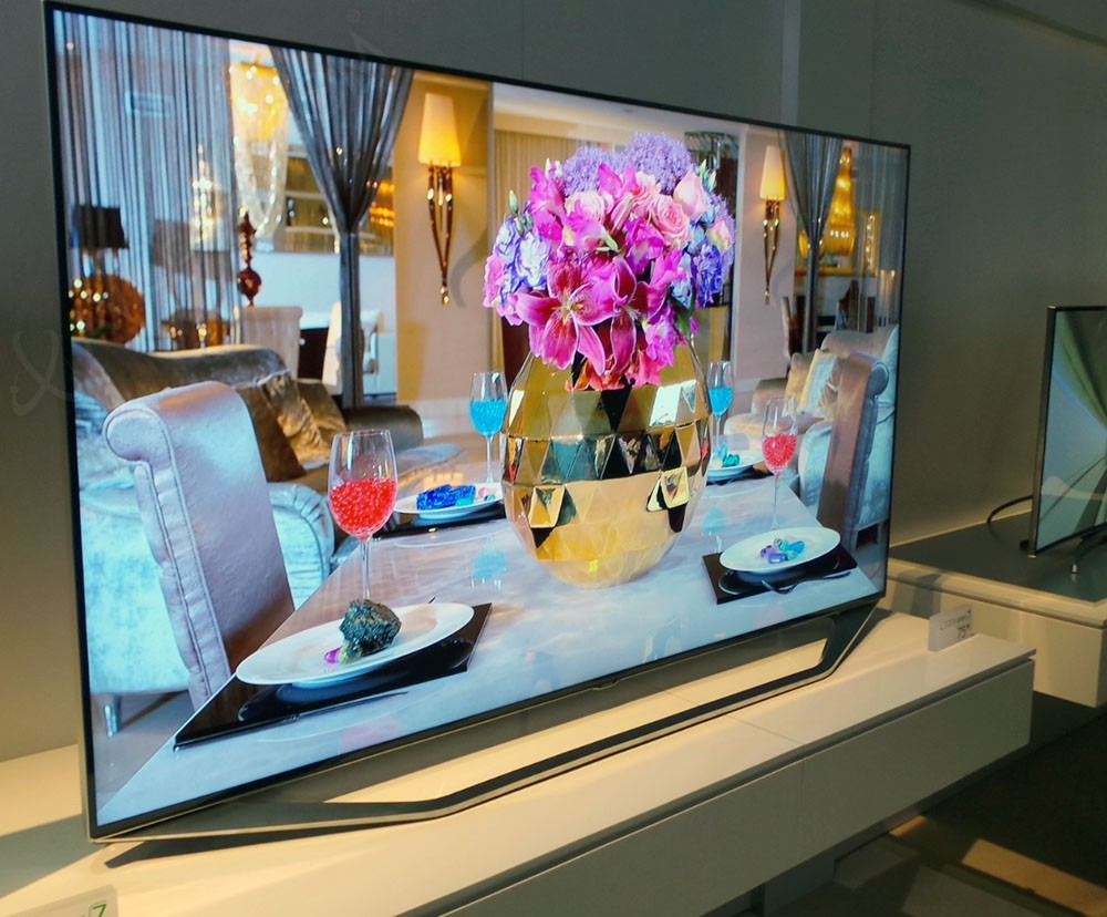 ces-14-tv-led-samsung-h7000-mise-a-jour-photo_013236